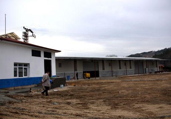 Çayboyu Keson Kuyu mevkiinde bulunan, düzenleme çalışmaları devam eden su terfi istasyonu ile yeni yapılan şantiye ve depo alanında incelemeler..