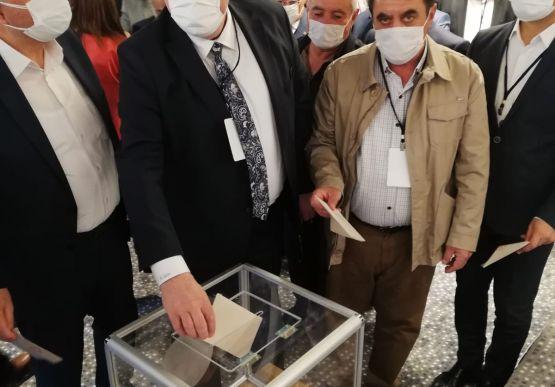 Alaplı Belediye Başkanı Nuri Tekin, İç Anadolu Belediyeler Birliği encümen üyeliğine seçildi.