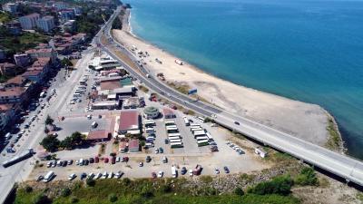 Alaplı Belediye Başkanı Nuri Tekin, Karşıyaka terminal arkası halk otobüslerinin olduğu alanı Karşıyaka mahallesine yakışır meydan yapacaklarını bildirdi.