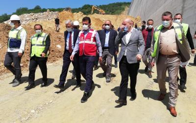 Belediye Başkanımız Sayın Nuri Tekin, Melen Barajı'nı incelemek üzere bölgeye gelen İstanbul Büyükşehir Belediye Başkanı Ekrem İmamoğlu'na eşlik etti.