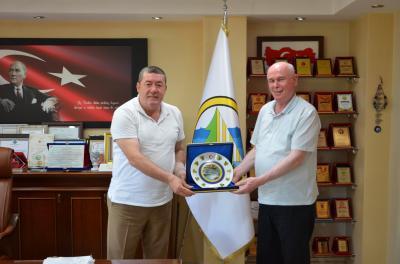 Eskişehir Odunpazarı Belediye Başkanı Kazım Kurt, Belediyemizi ziyaret etti.